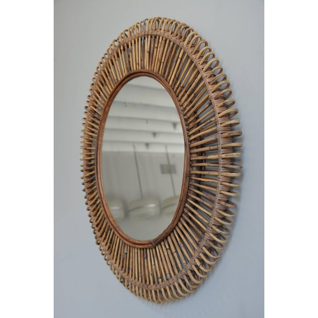 Contemporary Oculus' Round Rattan Mirror by Design Frères For Sale - Image 3 of 5