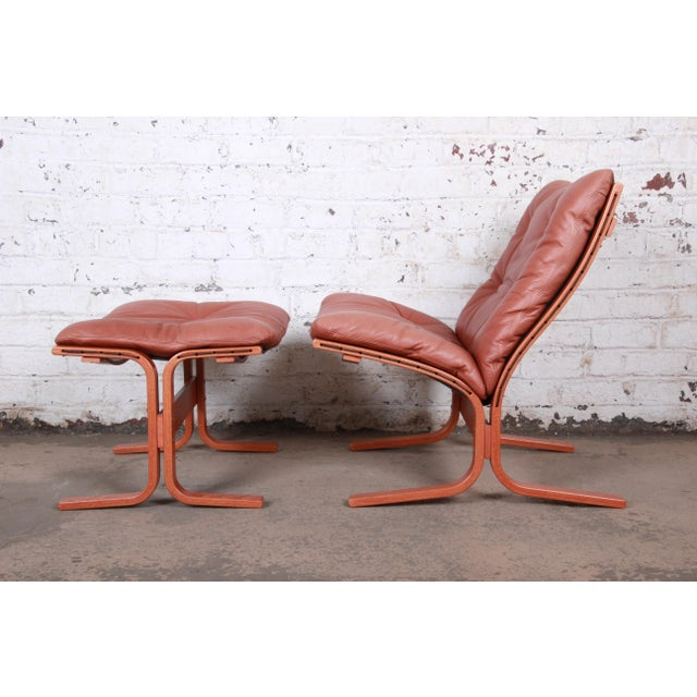 Contemporary Ingmar Relling for Westnofa Bentwood Teak and Leather Siesta Lounge Chair and Ottoman For Sale - Image 3 of 13