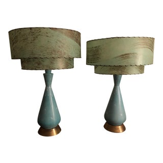 Vintage Mid-Century Turquoise Atomic Starburst Tiered Fiberglass Shade Lamps - a Pair For Sale