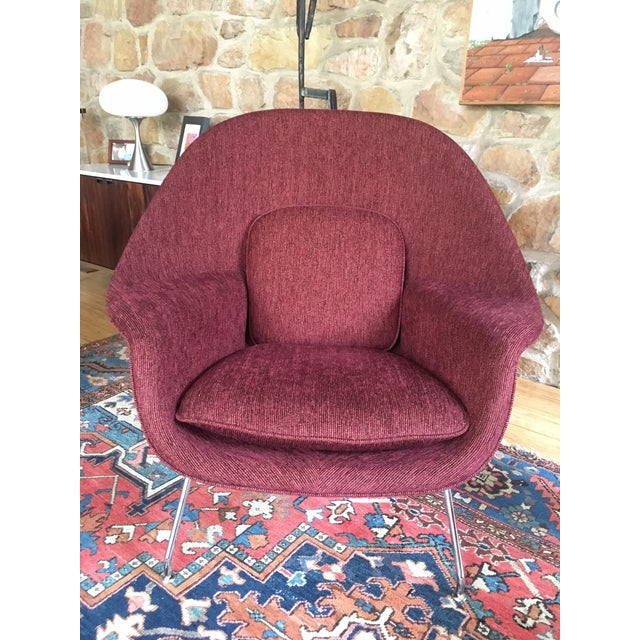 This is an almost new Eero Saarinen for Knoll Large Womb chair in an upgraded fabric. Chair retails for $5,000 plus. This...