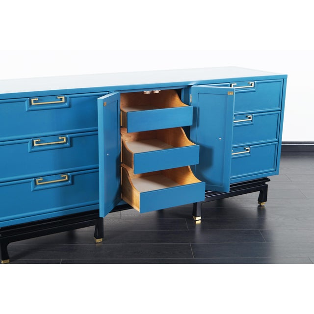 American of Martinsville Vintage Lacquered Dresser by American of Martinsville For Sale - Image 4 of 9