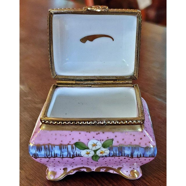 Vintage Limoges Sarcophagus Ring Box For Sale In Dallas - Image 6 of 12