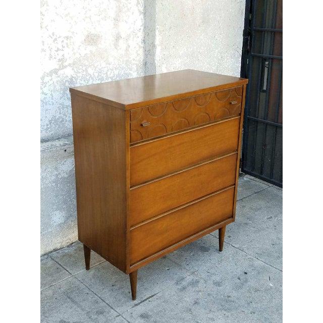 Vintage Bassett Walnut Dresser - Image 3 of 5