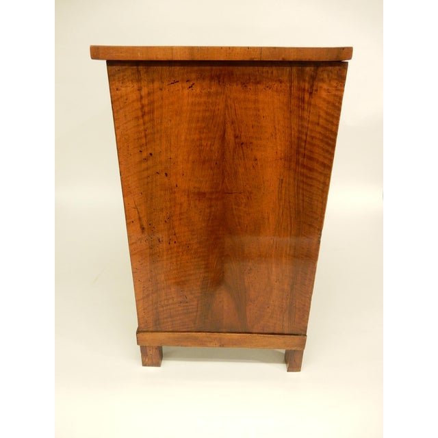 19th Century French Walnut Commode For Sale - Image 4 of 9