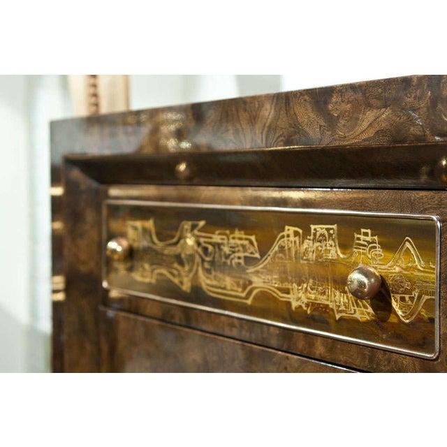 Wood Mid-Century Nine Drawer Dresser by Mastercraft For Sale - Image 7 of 11