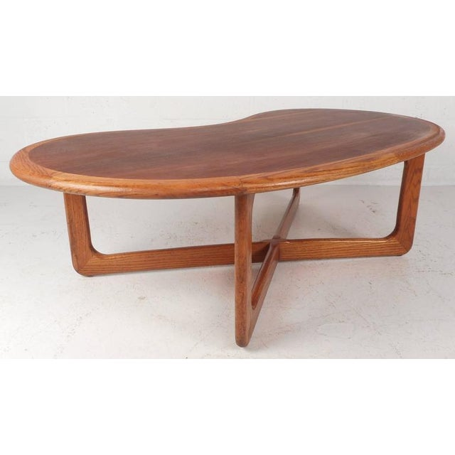 Mid-Century Modern Kidney Shaped Coffee Table by Lane Furniture - Image 2 of 9
