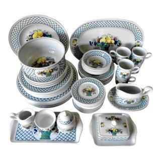 Villeroy & Boch Fine Dinnerware - Service for 6 For Sale