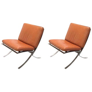 Mid-Century Modern Chairs With Steel Base - A Pair For Sale