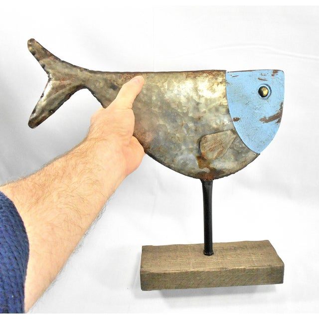 Metal Fish Sculpture on Stand - Image 6 of 6