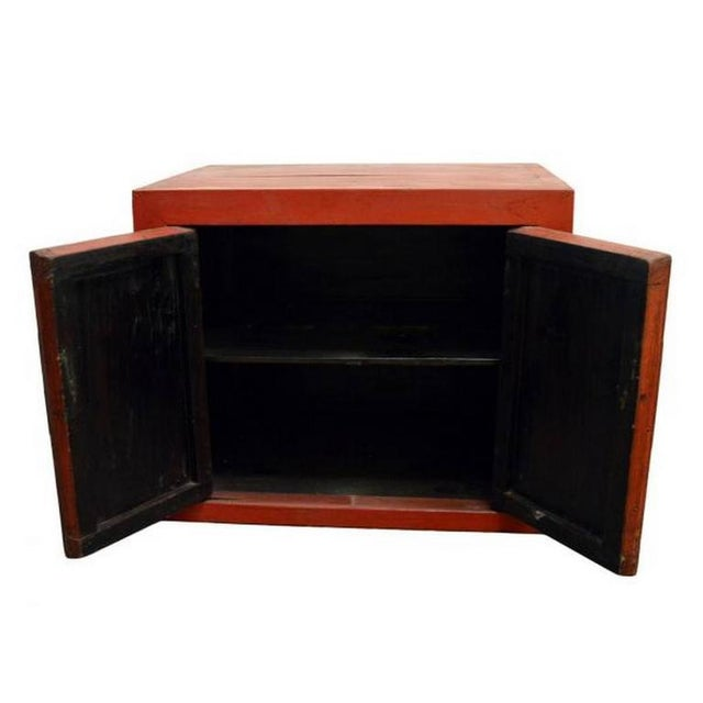 Antique Chinese Red Lacquer Cabinet with Brass Hardware from the 20th Century For Sale - Image 4 of 7