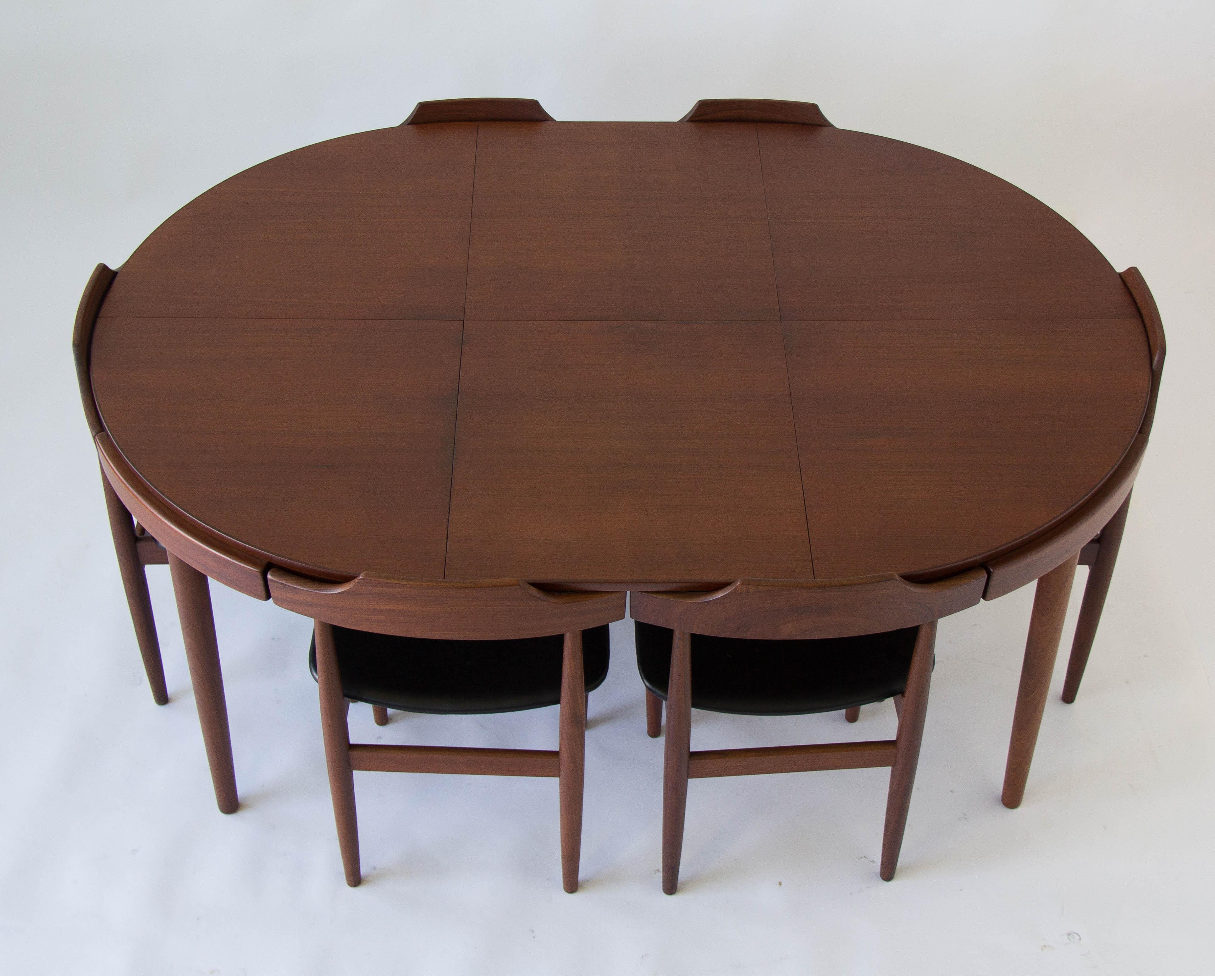 High Quality 1970s Eight Seat Dining Set By Hans Olsen For Frem Rojle For Sale   Image