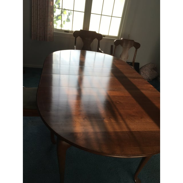 Pennsylvania House Dining Room Table With 4 Chairs - Image 8 of 8