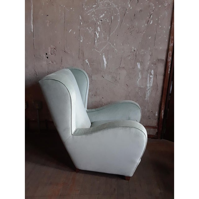 Mid-Century Modern Pair of Light Blue/Green Wingback Chairs For Sale - Image 3 of 5