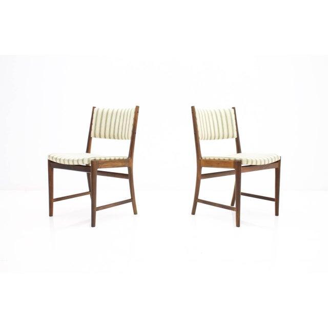 Fabric Pair of Side Chairs by Kai Lyngfeldt-Larsen for Søren Willadsen, Denmark, 1960s For Sale - Image 7 of 7