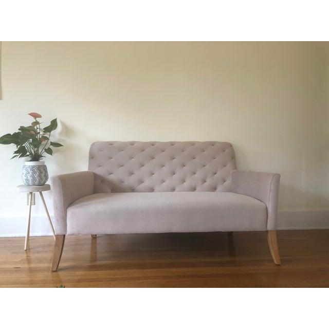 Art Deco Mid Century Modern Light Pink Velvet Tufted Loveseat For Sale
