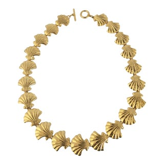 Vintage Goldtone Costume Scallop Shell Necklace For Sale