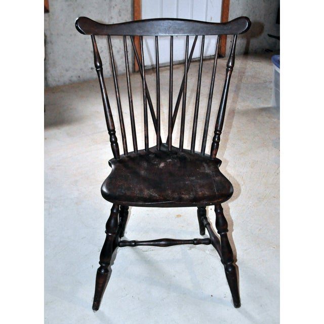 https://chairish-prod.freetls.fastly.net/image/product/sized/74565ce7-b1da-48ce-800a-ece6d59ff68b/antique-windsor-wood-spindle-back-dining-chair-5349?aspect=fit&width=640&height=640