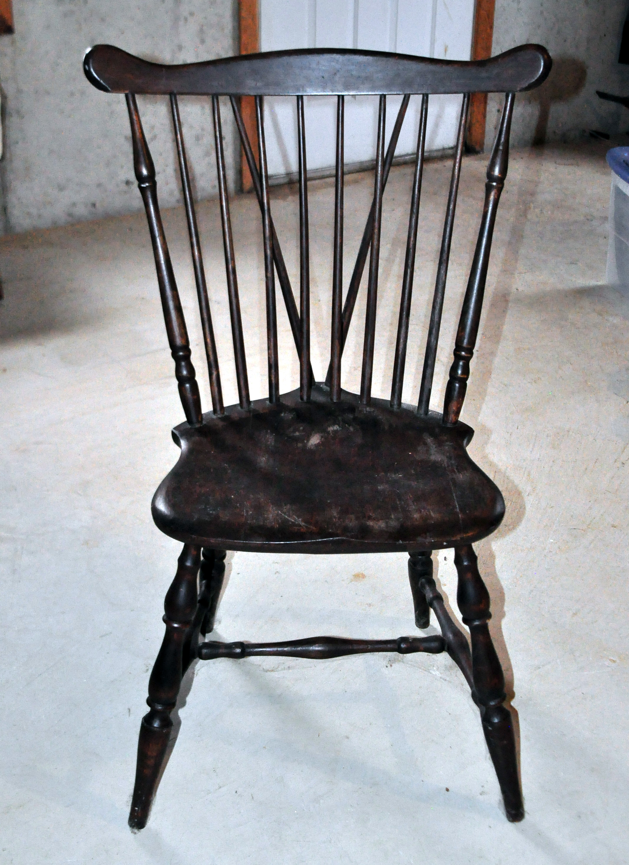 Antique Windsor Wood Spindle Back Dining Chair   Image 3 Of 4