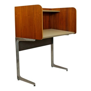 Mid Century Modern Rare Herman Miller Upright Privacy Desk 1960s