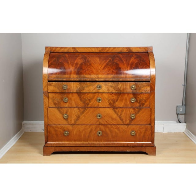 Biedermeier mahogany root secretaire, circa 1820. Elegant mahogany root veneer secretaire from Germany Biedermeier period...