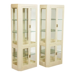 American Of Martinsville Modern Pair Lighted Curio Display Cabinets For Sale