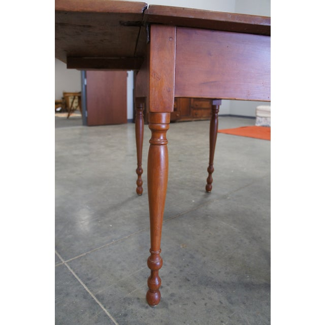 1900s Early American Style Solid Pine Drop Leaf Dining Table For Sale - Image 4 of 13