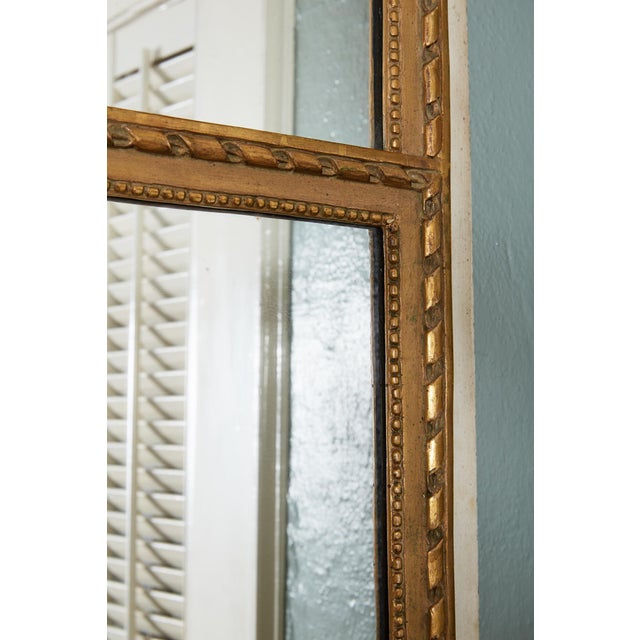 French Louis XVI Trumeau Mirror in Gray and Gilt For Sale In Atlanta - Image 6 of 8