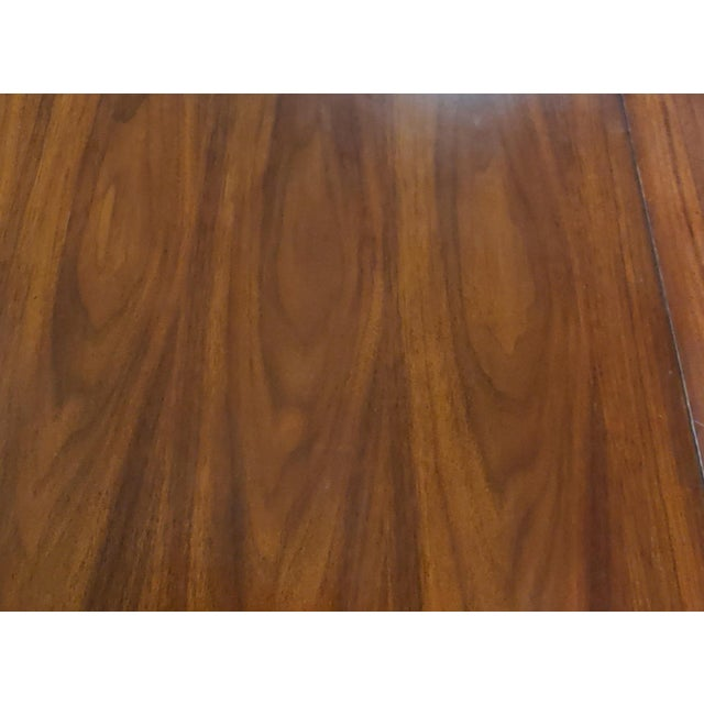 Brown Henredon Furniture Venue Walnut Mid-Century Modern Dining Table & Chair Set For Sale - Image 8 of 12