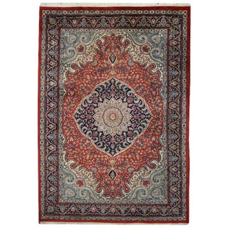 20th Century Traditional Area Rug With Persian Design - 8′ × 11′4″ For Sale