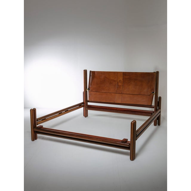 "Modern ""Toledo"" Double Bed by Carlo Scarpa by Simon Gavina For Sale - Image 3 of 11"