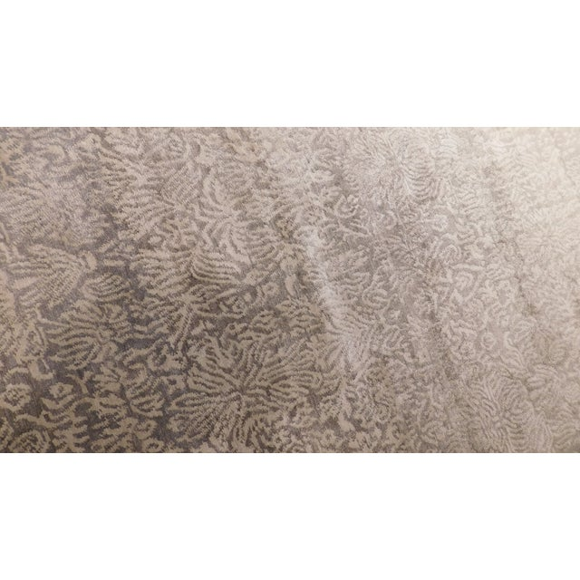 """Transitional Hand-Knotted Luxury Rug - 8'1"""" x 10' For Sale - Image 4 of 5"""