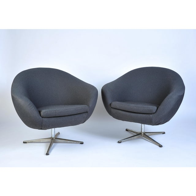 Overman pod swivel chairs matching the listing for an Overman sofa. Sold as a pair Made in Sweden, this vintage Overman...
