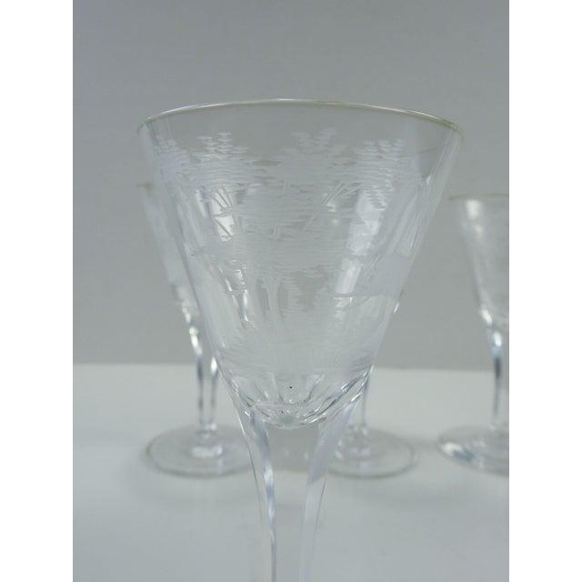 Etched Wildlife Vintage Wine Glasses - Set of 7 For Sale In San Antonio - Image 6 of 7