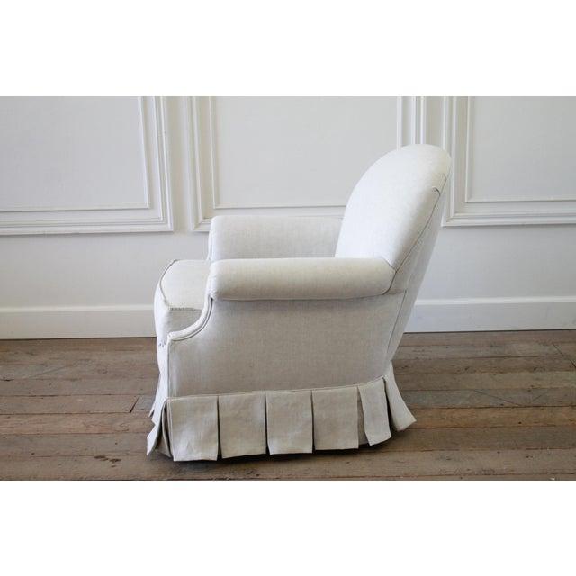 Vintage Custom Upholstered Linen Box Pleated Ruffle Skirt Chair For Sale - Image 5 of 7