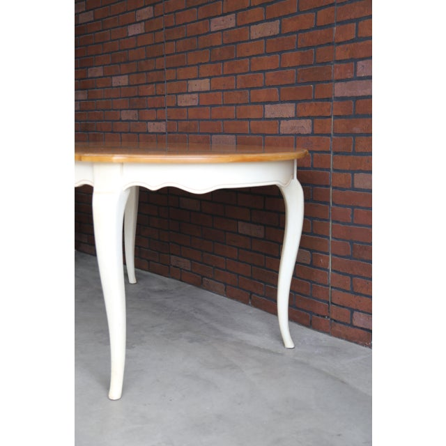 Ethan Allen French Country Ethan Allen Oval Extension Dining Table For Sale - Image 4 of 8