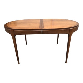 Mid Century Modern Walnut Dining Table by Lane Furniture For Sale