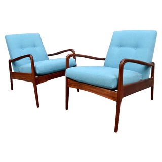 Vintage Mid Century Modern Lounge Chairs by Greaves & Thomas - A Pair