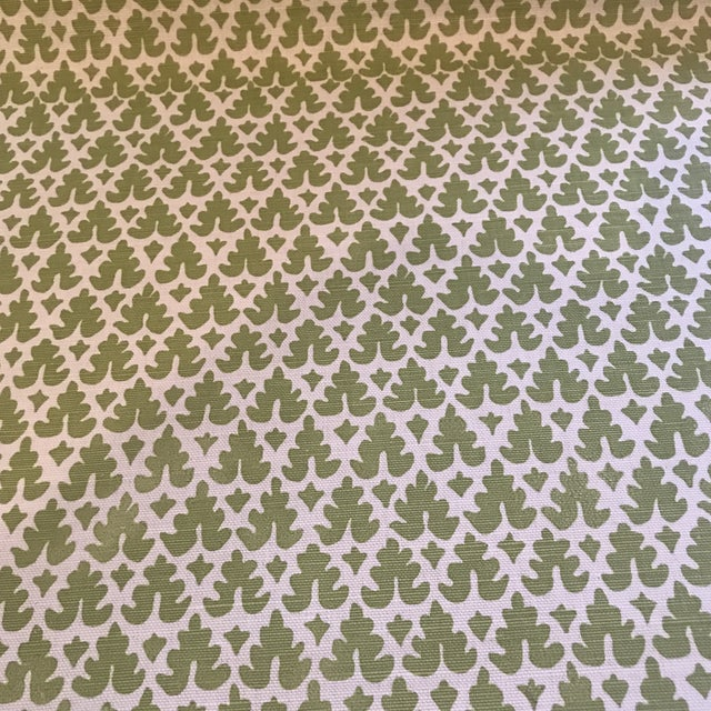 China Seas Quadrille Volpi Linen Apple Fabric 1 1/2 Yards For Sale - Image 4 of 6