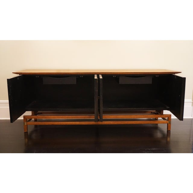 Mid-Century Modern Mid-Century Modern Two-Toned Buffet With Unique Brass Hardware For Sale - Image 3 of 7