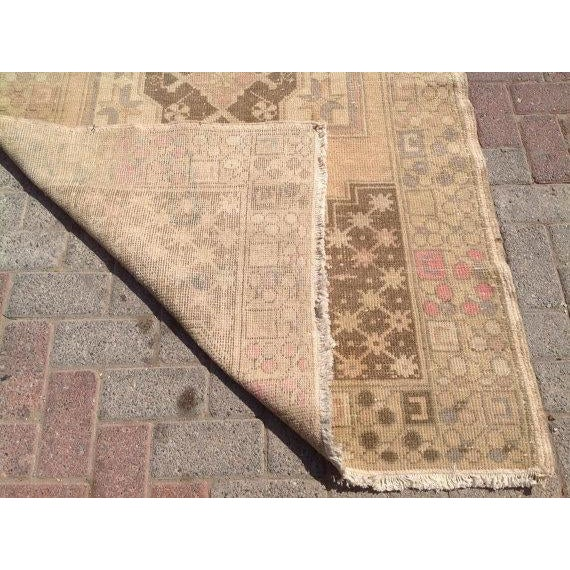 Vintage Turkish Oushak Rug - 3′10″ × 6′1″ For Sale In Raleigh - Image 6 of 6