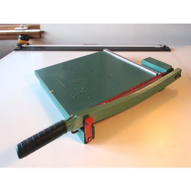 Vintage Premier paper or photo paper cutter with a guillotine handle. This paper cutter is handy for your office or craft...