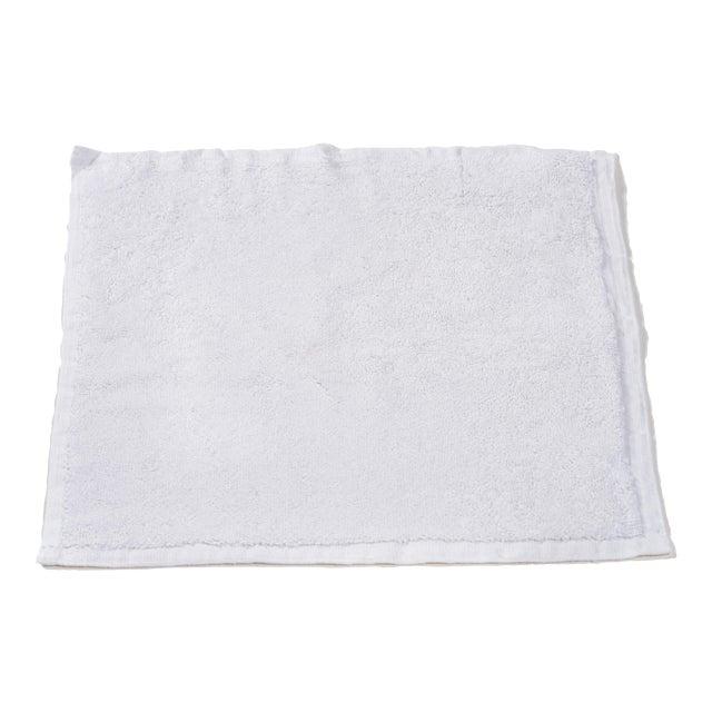 Plush & Bare Handmade Organic Cotton Face Cloth in White For Sale