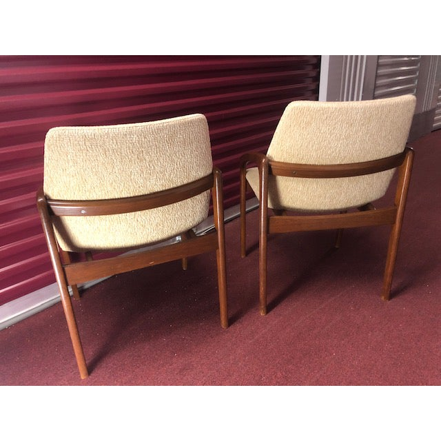 Mid 20th Century Danish Mid-Century Modern Chairs - a Pair For Sale - Image 9 of 10