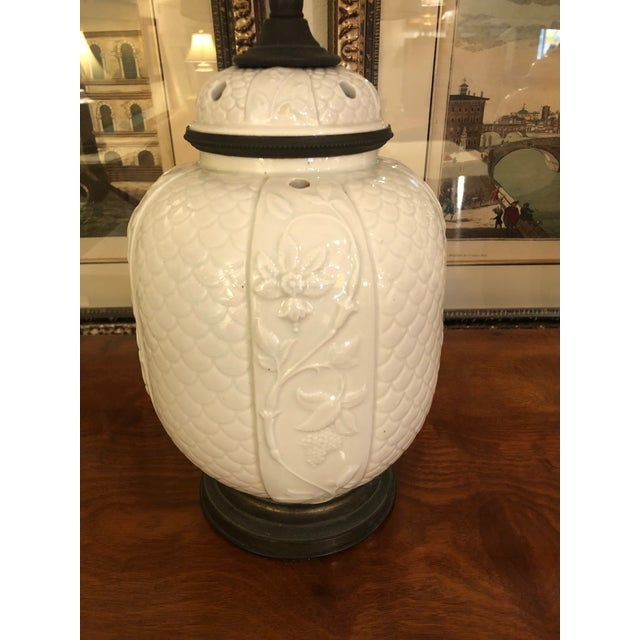 1940s Vintage Chinese White Ceramic Table Lamps- A Pair For Sale In Philadelphia - Image 6 of 8