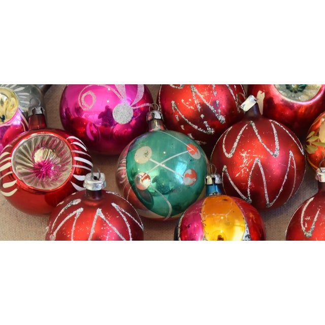 Vintage Colorful Christmas Ornaments W/Box - Set of 12 For Sale - Image 10 of 12