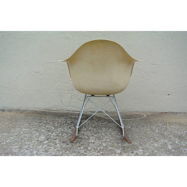 Mid-Century Modern Zenith RAR Rocker by Charles & Ray Eames For Sale - Image 3 of 10