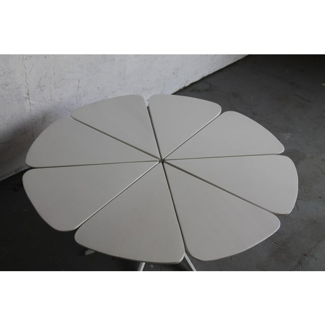 Mid-Century Modern Vintage Richard Schultz White Petal Coffee Table For Sale - Image 3 of 6