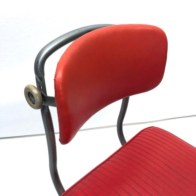 An incredibly well preserved Tanker chair from the 50's! This little guy must have been put in storage after hardly being...