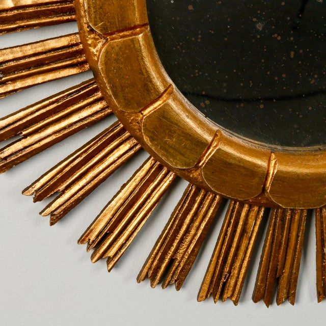 1960s Mid-Century Medium Size Giltwood Sunburst Mirror For Sale - Image 5 of 7