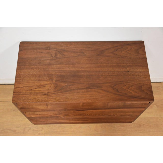American of Martinsville Louvered Dresser - Image 3 of 9